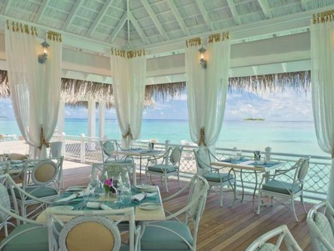 Ayada Maldives - bar Ocean Breeze