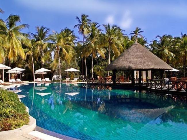 Bandos Island Resort & Spa - bazén