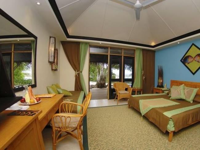 Ellaidhoo Maldives - plážový bungalov