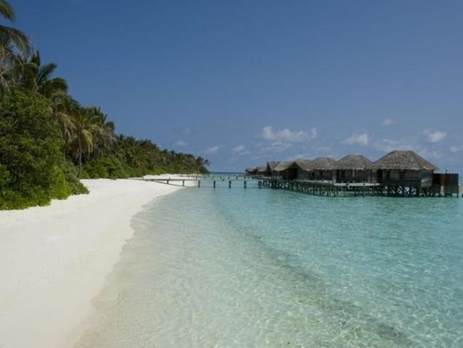 Conrad Maldives Rangali Island - pláž