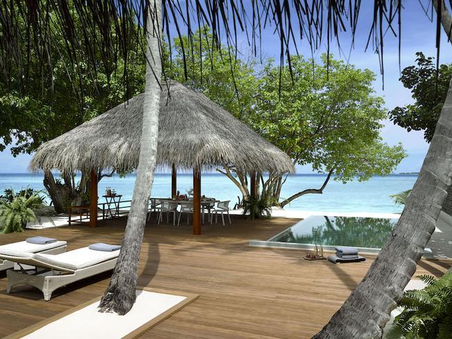 Dusit Thani Maledivy - dvoupokojová rodinná vila s bazénem
