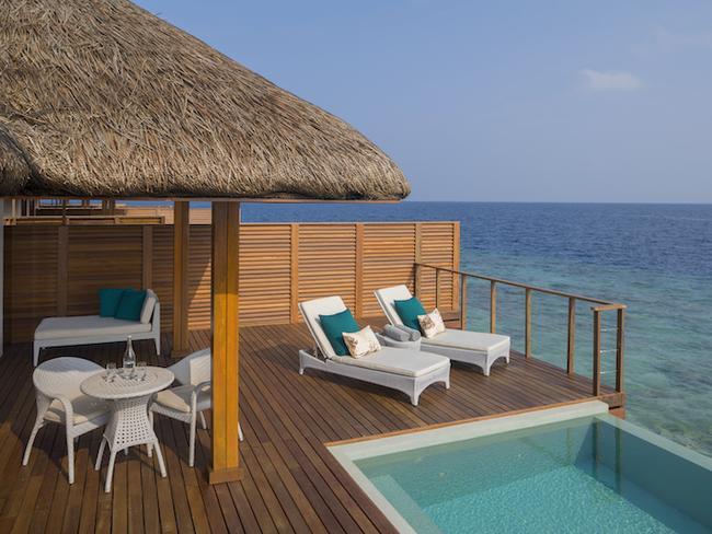 Dusit Thani Maledivy - vodní vily Ocean s bazénem