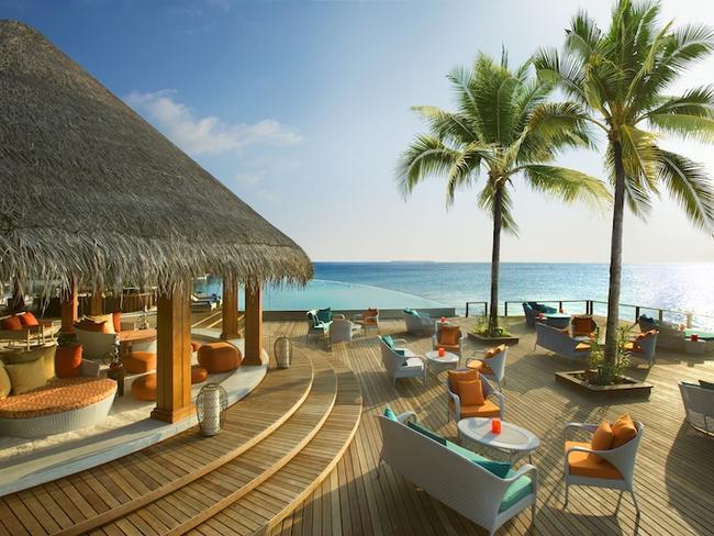 Dusit Thani Maledivy - Sand bar
