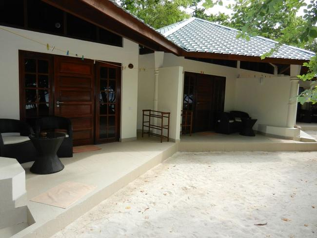 Embudu Village - bungalov s pokojem superior