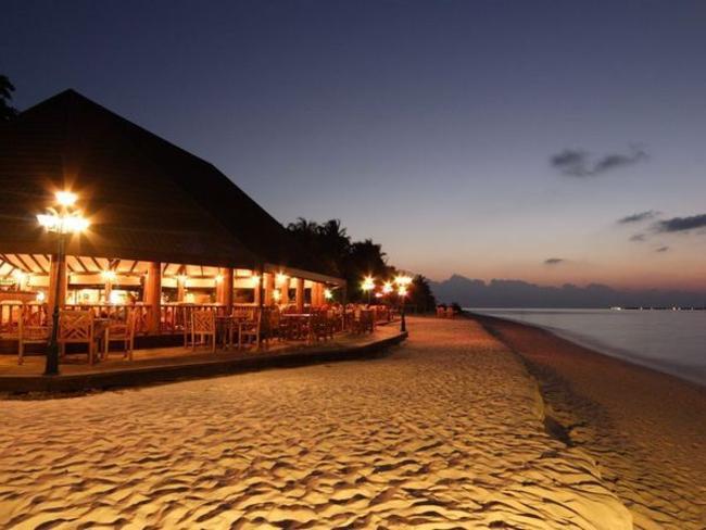 Holiday Island Resort - restaurace