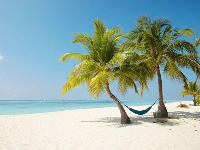 Kuredu Island Resort & Spa - pláž