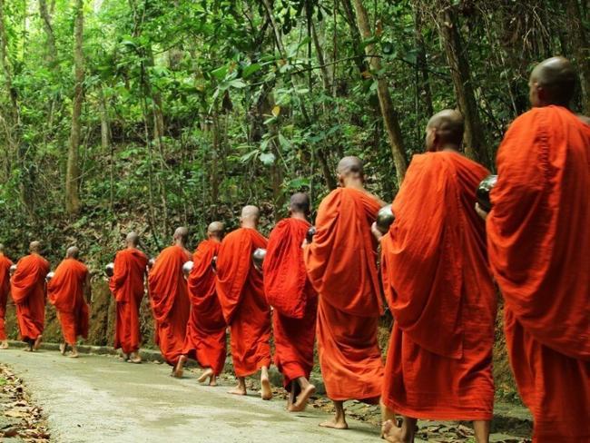 Srí Lanka - mnichové