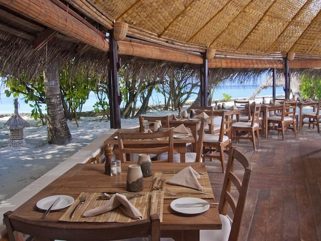 Makunudu island resort - restaurace