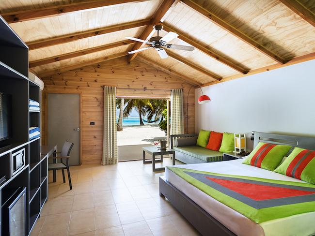Meeru island resort - plážová vila, pokoj