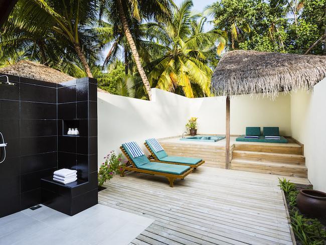 Meeru island resort - plážová vila s jacuzzi, koupelna