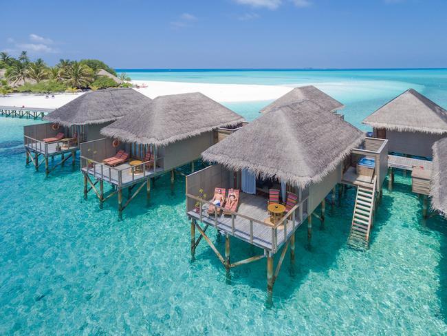 Meeru island resort - vodní vila s jacuzzi