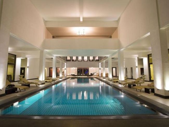 Shinagawa Beach Resort - bazén