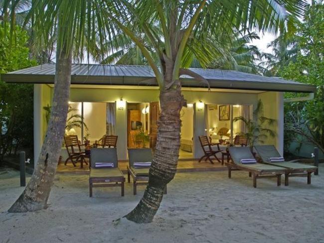 Sun Island Resort & Spa - plážový bungalov standard