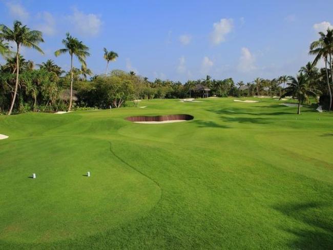 Velaa Private Island - golfové hřiště