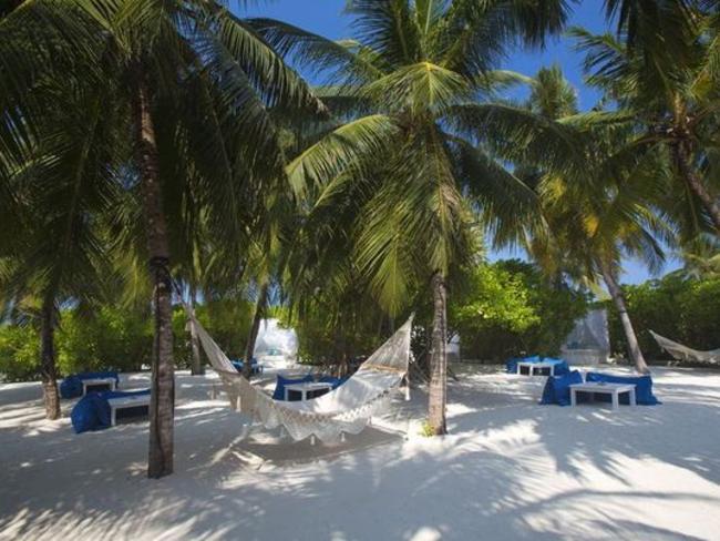 Velassaru Maldives - pláž