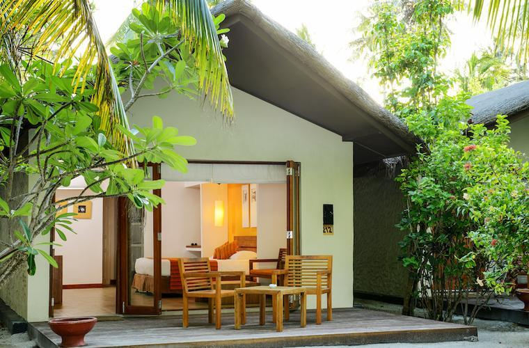 Adaaran Select Hudhuran Fushi - zájezdy Maledivy
