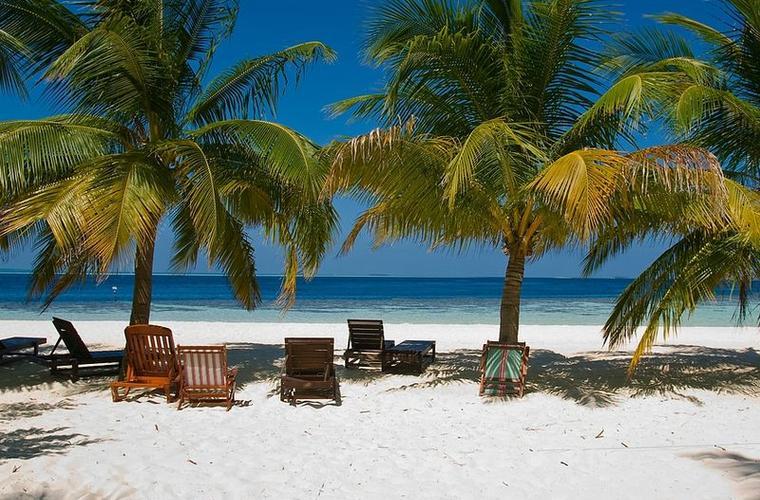 Embudu Village - zájezd Maledivy