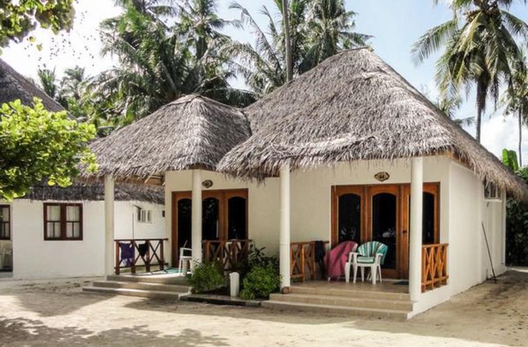 Fihalhohi Island resort - zájezdy Maledivy