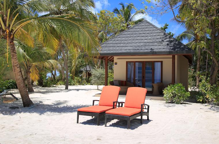 Summer Island Village - zájezdy Maledivy