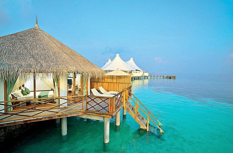 Safari island resort - zájezd Maledivy